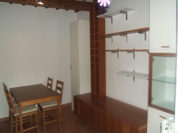 Appartamento in Affitto a Pistoia Centro: 2 locali, 60 mq