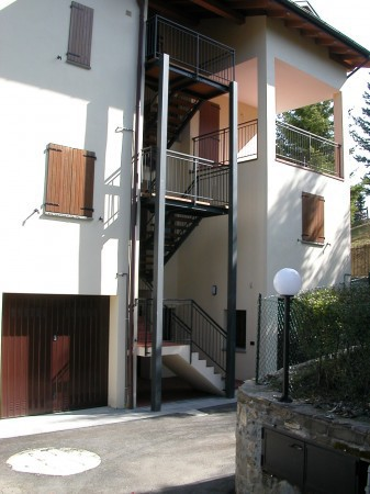 Bilocale Montecreto Via Belvedere 8