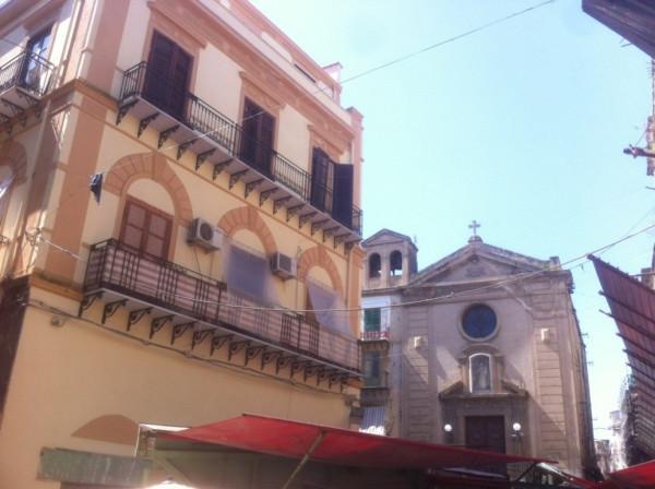 Bilocale Palermo Via Beati Paoli 1