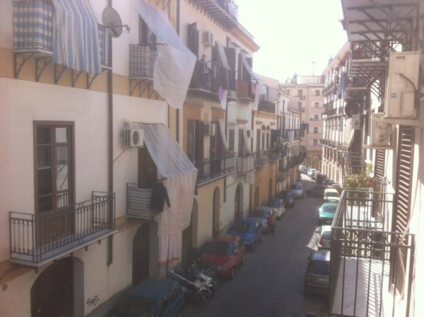 Bilocale Palermo Via Beati Paoli 8