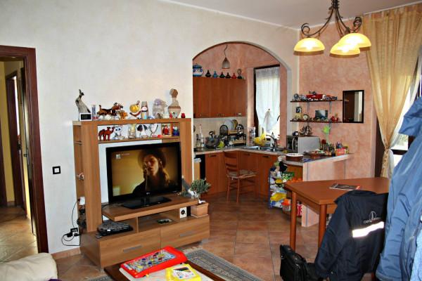 Appartamento in vendita a Isola d'Asti, 3 locali, prezzo € 75.000   Cambio Casa.it