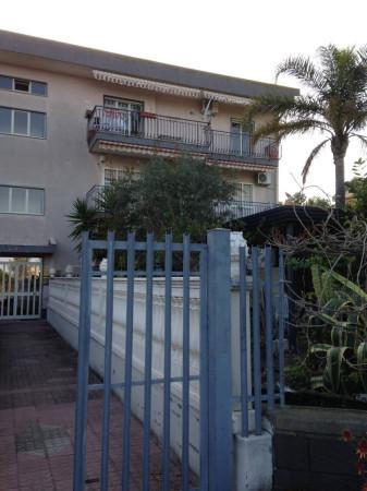 Appartamento in vendita a Mascali, 4 locali, prezzo € 125.000   Cambio Casa.it