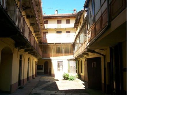 Palazzo / Stabile in vendita a Biella, 6 locali, prezzo € 280.000 | Cambio Casa.it