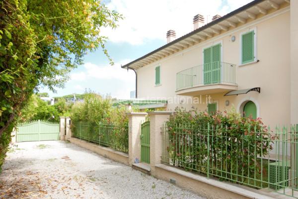 Villa-Villetta Vendita Montignoso
