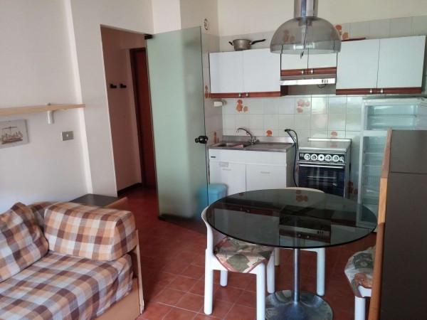 Appartamento in affitto a Ospedaletti, 2 locali, prezzo € 1.000 | Cambio Casa.it