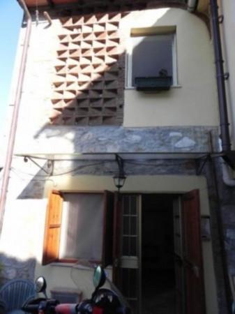 Bilocale Lucca Via Di Santa Maria Del Giudice 3