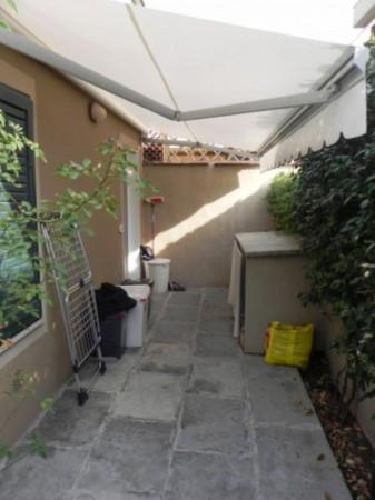 Bilocale Lucca Via Nicolò Paganini 9