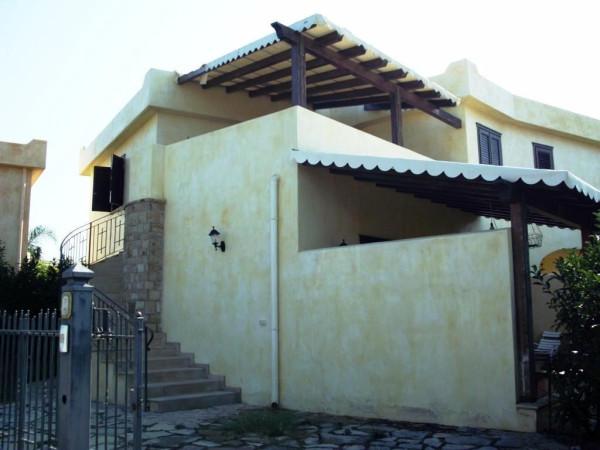 Villa in Vendita a Campofelice Di Roccella Periferia: 3 locali, 80 mq