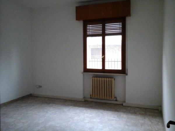Appartamento in affitto a Senna Lodigiana, 2 locali, prezzo € 360 | Cambio Casa.it