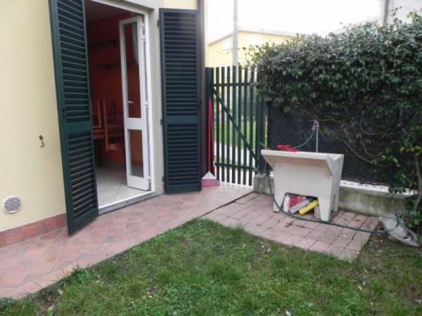 Bilocale Lucca Via Del Pulecino 1