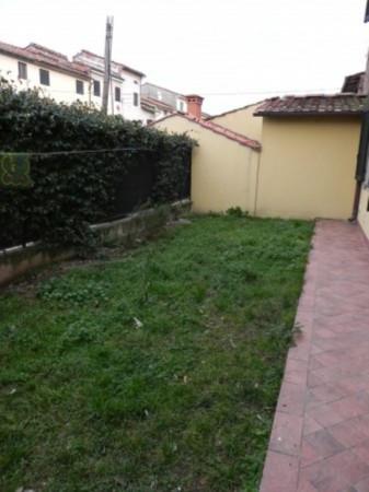 Bilocale Lucca Via Del Pulecino 10