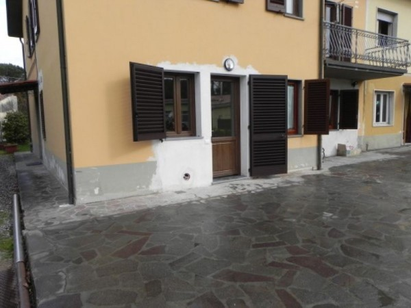 Bilocale Porcari Via Romana Ovest 2