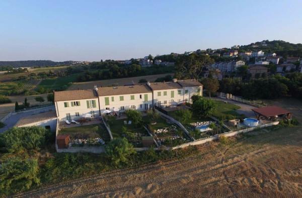 Appartamento in vendita a Castelfidardo, 4 locali, prezzo € 270.000 | Cambio Casa.it
