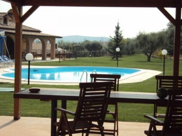 Rustico / Casale in vendita a Cossignano, 6 locali, Trattative riservate | CambioCasa.it