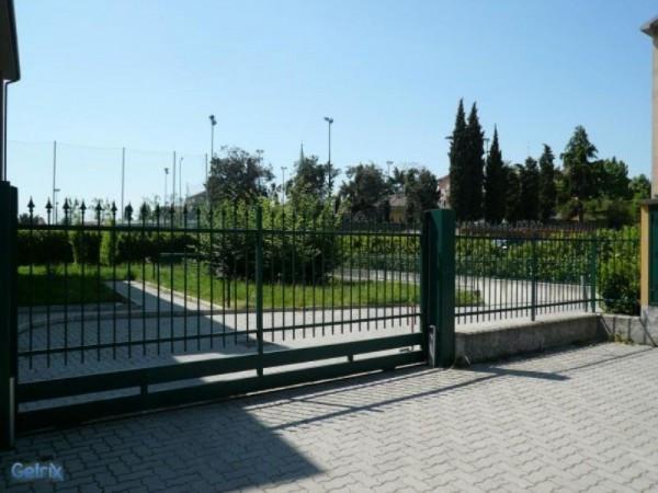 Bilocale Olgiate Olona Via Isonzo 7
