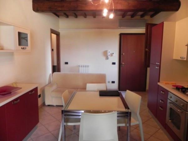 Bilocale Lucca San Cassiano A Vico Via Delle Ville 2