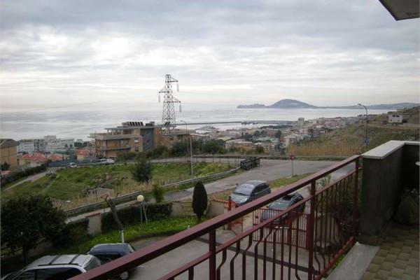 Appartamento in vendita a Formia, 4 locali, prezzo € 255.000 | Cambio Casa.it