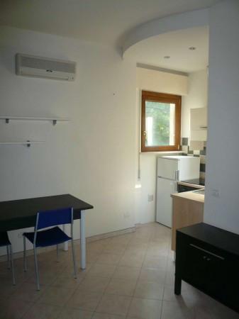 Bilocale Parma Via Strela 1