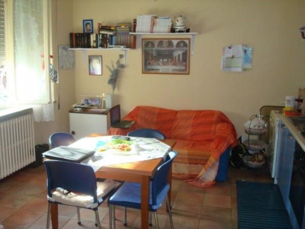 Bilocale Lucca Via Cavalletti 1