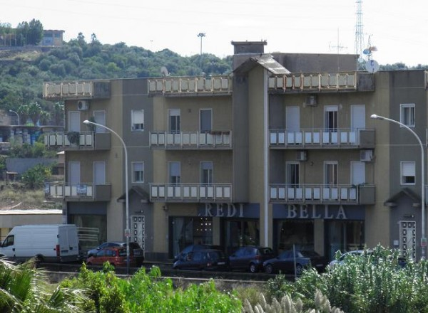 Appartamento in vendita a Paternò, 4 locali, prezzo € 119.000 | CambioCasa.it