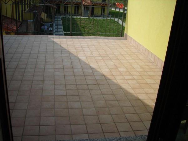 Appartamento in vendita a Boltiere, 3 locali, prezzo € 139.900 | Cambio Casa.it