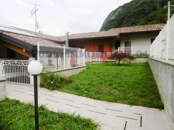 Appartamento in vendita a Oliveto Lario, 2 locali, prezzo € 135.000 | Cambio Casa.it