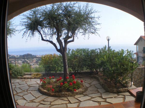 Villa in vendita a Bordighera, 6 locali, prezzo € 1.200.000 | Cambio Casa.it