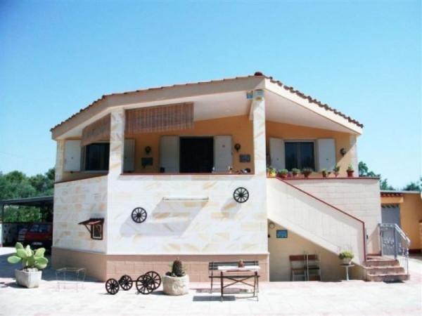 Villa in vendita a Oria, 6 locali, prezzo € 250.000 | Cambio Casa.it