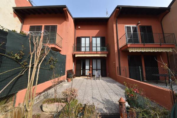 Villa a Schiera in Vendita a Biassono