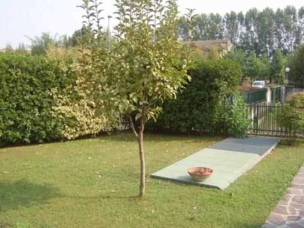 Villa a Schiera in vendita a Zelo Buon Persico, 4 locali, prezzo € 298.000 | CambioCasa.it
