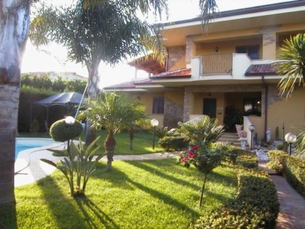 Villa in vendita a Bovalino, 6 locali, prezzo € 1.000.000 | CambioCasa.it
