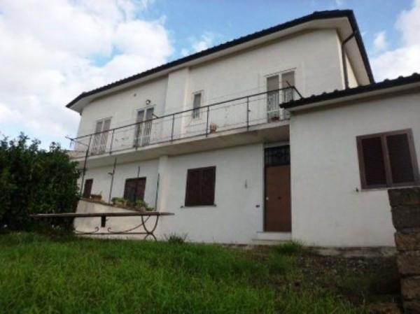 Villa in vendita a Nepi, 4 locali, prezzo € 109.000 | Cambio Casa.it