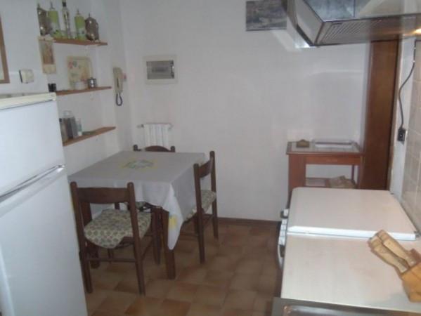 Bilocale Lucca Via Della Contesora 1