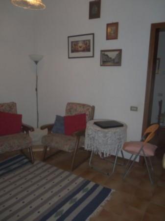Bilocale Lucca Via Della Contesora 7