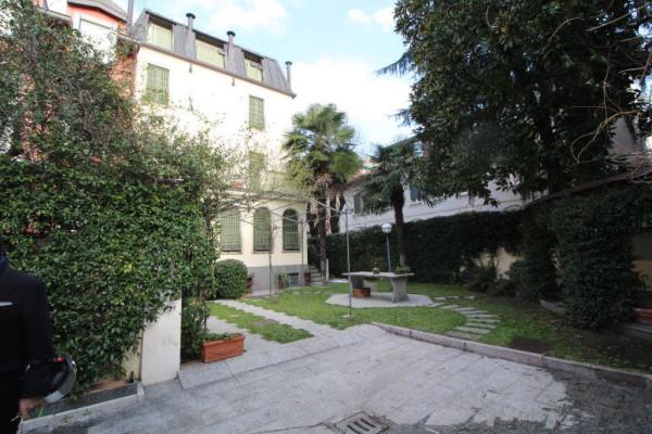 Villa in Affitto a Milano 17 Marghera / Wagner / Fiera: 5 locali, 600 mq