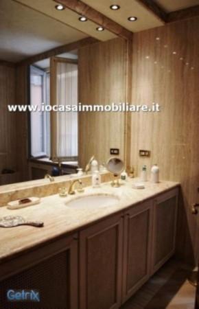 Bilocale Milano Via Della Spiga 7