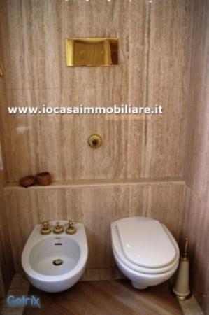 Bilocale Milano Via Della Spiga 9
