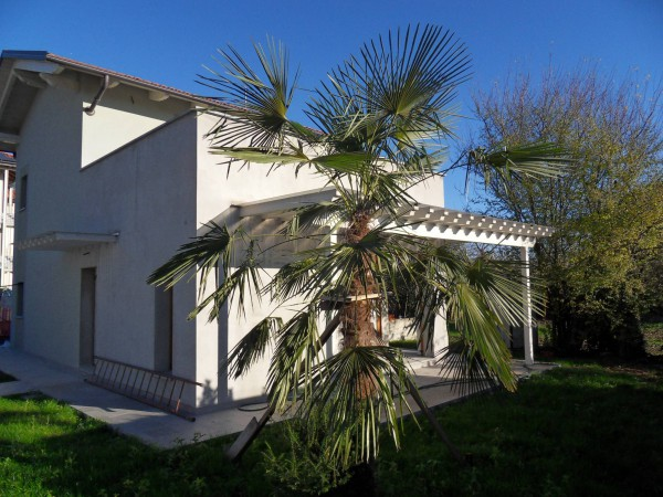 Villa in vendita a Vigliano Biellese, 3 locali, prezzo € 245.000 | CambioCasa.it