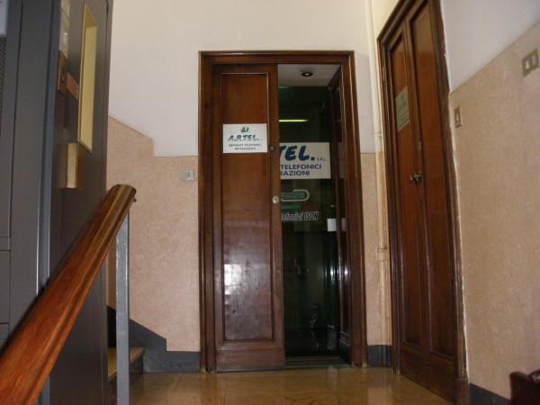 Bilocale Milano Via Soperga 4
