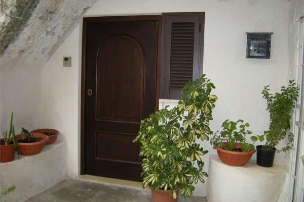 Appartamento in vendita a Formia, 2 locali, prezzo € 90.000 | Cambio Casa.it