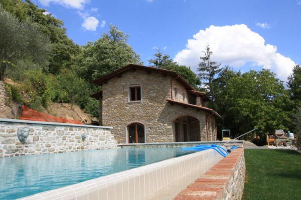 Rustico / Casale in vendita a Sansepolcro, 6 locali, prezzo € 390.000 | CambioCasa.it