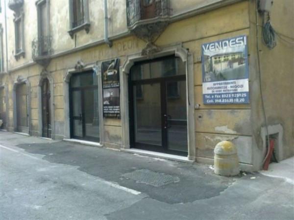 Bilocale Verbania Via De Bonis 9