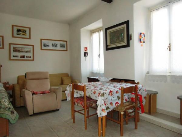 Soluzione Indipendente in vendita a Asso, 4 locali, prezzo € 95.000 | Cambio Casa.it