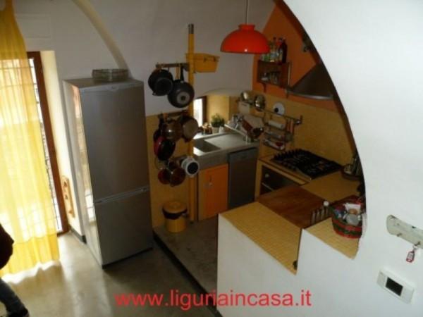 Bilocale Finale Ligure Via Nicotera 7