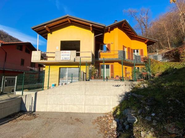 Villa in vendita a Proserpio, 6 locali, prezzo € 260.000 | CambioCasa.it