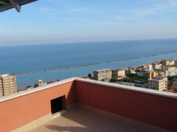 Soluzione Indipendente in vendita a Grottammare, 6 locali, Trattative riservate | Cambio Casa.it