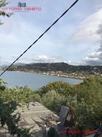 Appartamento in vendita a Agropoli, 5 locali, prezzo € 180.000 | CambioCasa.it