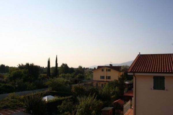 Bilocale Lucca Via Del Brennero 10
