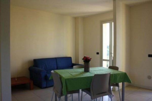 Bilocale Lucca Via Del Brennero 3