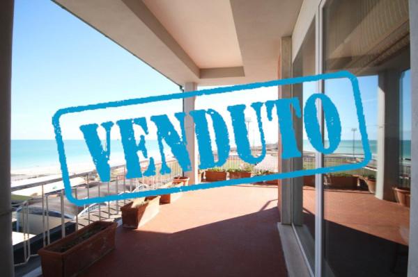 Attico / Mansarda in vendita a Civitanova Marche, 4 locali, prezzo € 245.000 | CambioCasa.it